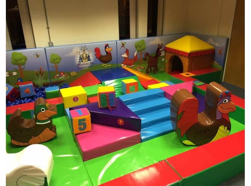 Monarchs Country Themed Soft Play 4